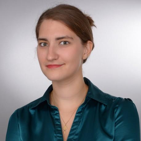 LinkedIn: cheveux attachés ou lâchés ?