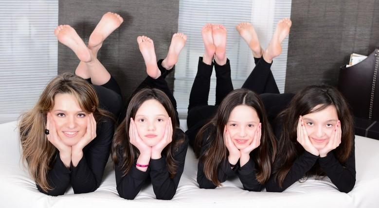 Imaginez le montage photo avec des parents liliputiens et des enfants géants - Photographe pour photo de Famille