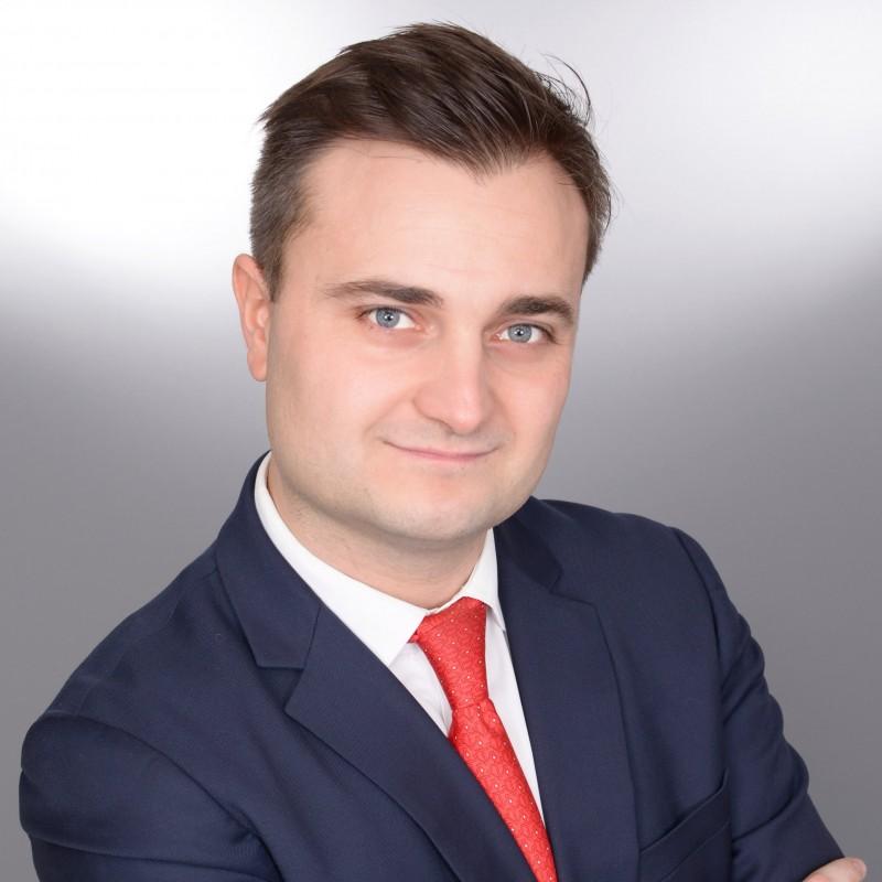 cravate obligatoire pour cv et linkedin