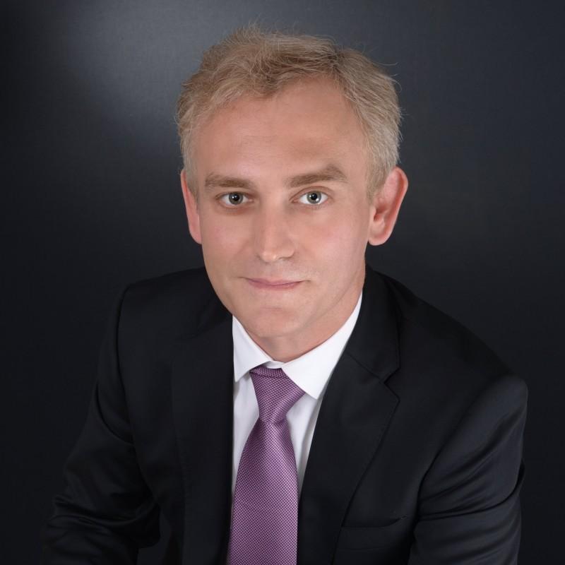 photo professionnelle pour cv paris finance business partenaire